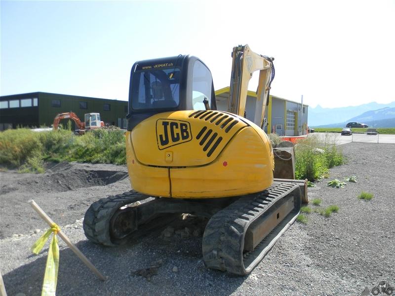 J C B 8060