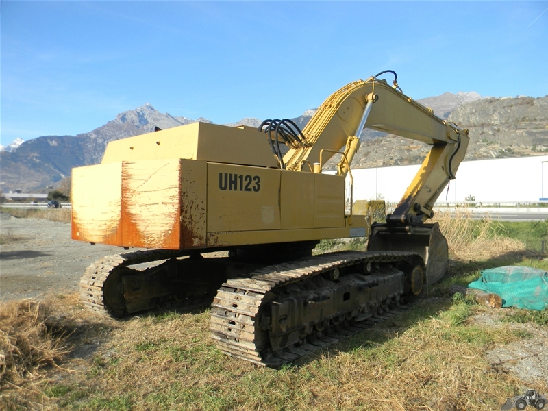 Hitachi UH 123