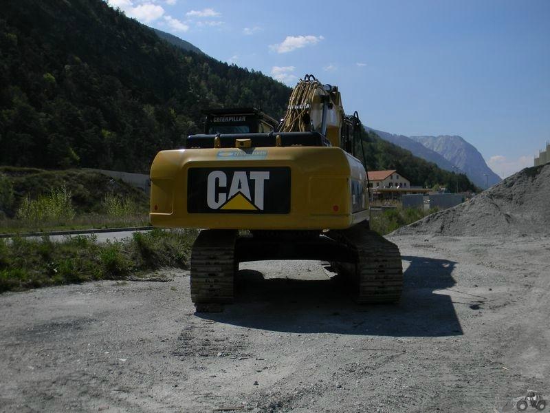 Caterpillar 329 D LN