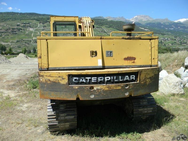 Caterpillar 215
