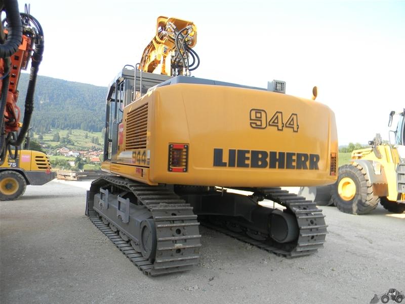 Liebherr R 944 CT