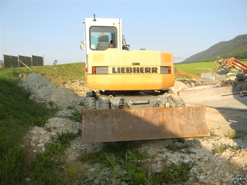 Liebherr A 308