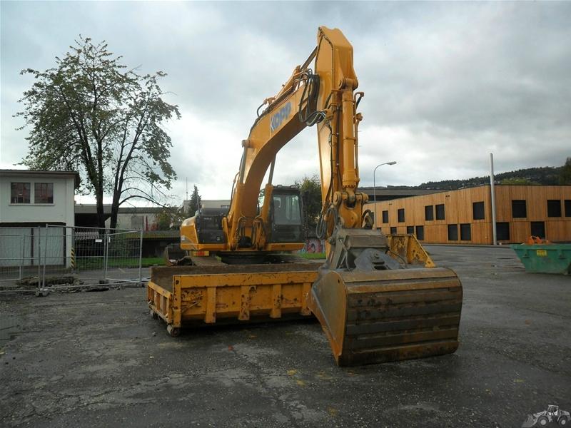 Case CX 350 B LC