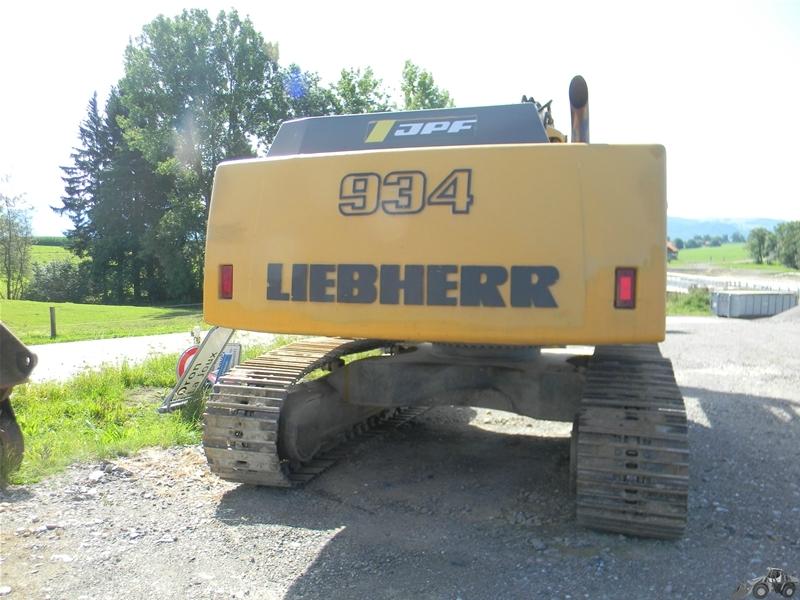 Liebherr R 934Liebherr A 902