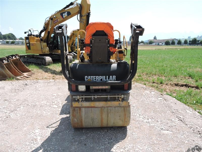 Caterpillar CB-214 D